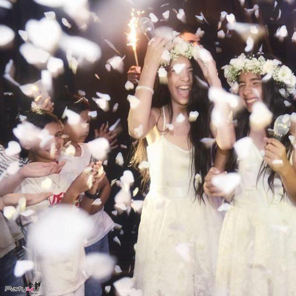 תמונה של כלת בת מצווה שמחה במועדון לבת מצווה