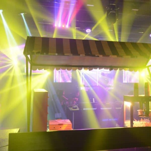 תמונה של מכונת פוקפורן במועדון לבת מצווה