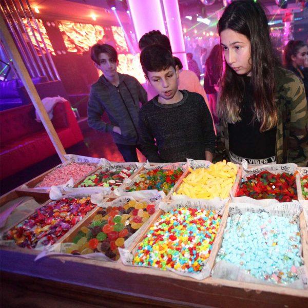 תמונה של בר מתוקים במועדון לבת מצווה ניו יורק